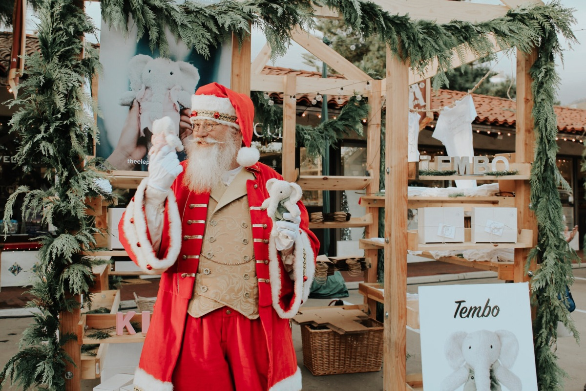 Arlington Plaza ChristmasMarket
